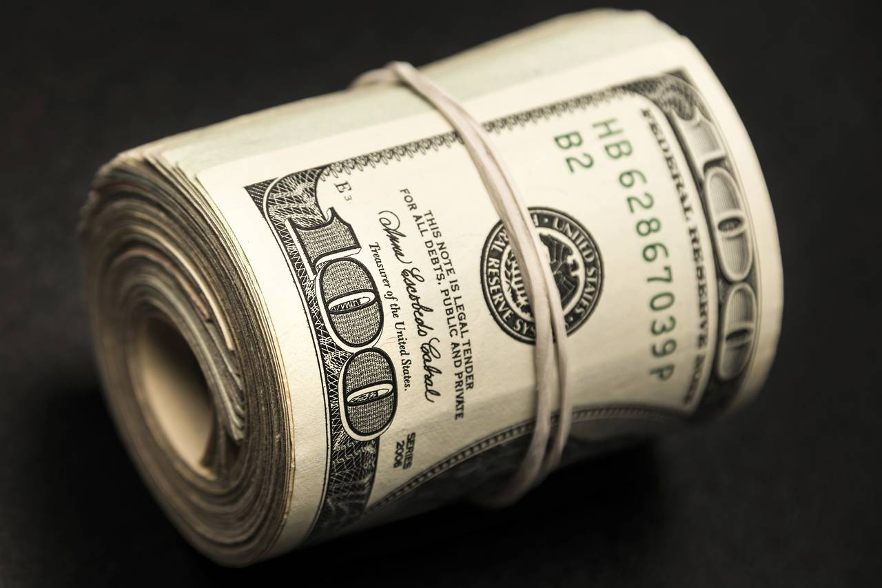 4 Reasons to Always Keep Some Cash